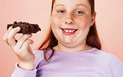 Как понять, что у ребёнка лишний вес и как помочь похудеть