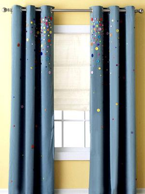 Декор штор: взрыв пуговиц