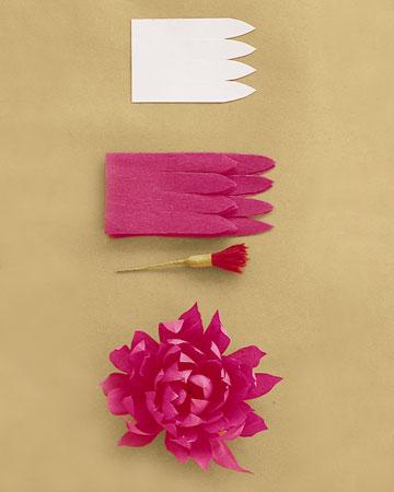 Цветы из гофрированной бумаги: Изготовление из сплошного лепестка