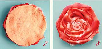 Цветок из скрученной ткани своими руками