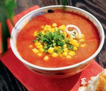 Гаспачо с печёным перцем, испанский холодный томатный суп
