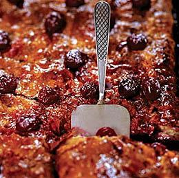 Коньячный пирог с вишней