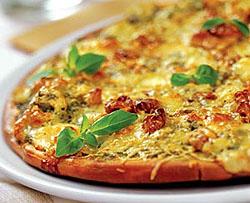 Орехово-сырная пицца