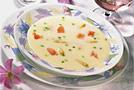 Суп из спаржи с копченым лососем