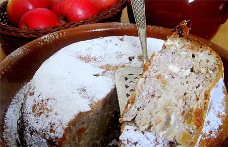 Запеканка из макарон с творогом и орехами